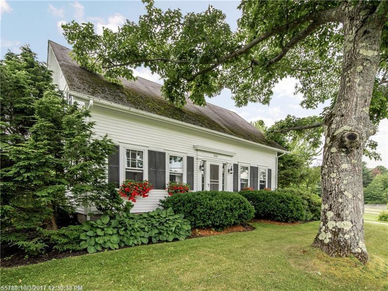 253 Quaker Meeting House Rd, Durham, ME - USA (photo 2)