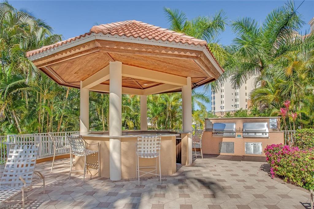 Additional photo for property listing at 400 Flagship Dr 905 Naples, Флорида,Соединенные Штаты
