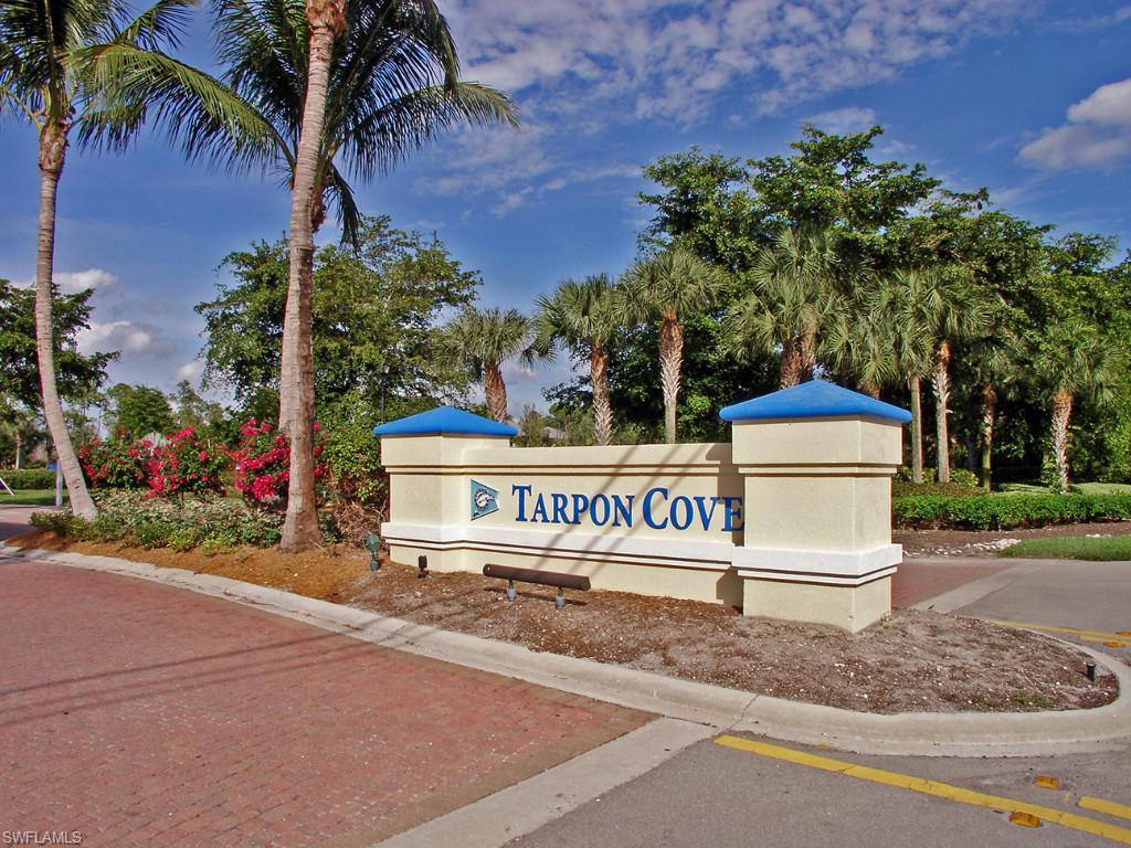 Otro por un Alquiler en 801 Carrick Bend Cir 201 Naples, Florida,Estados Unidos