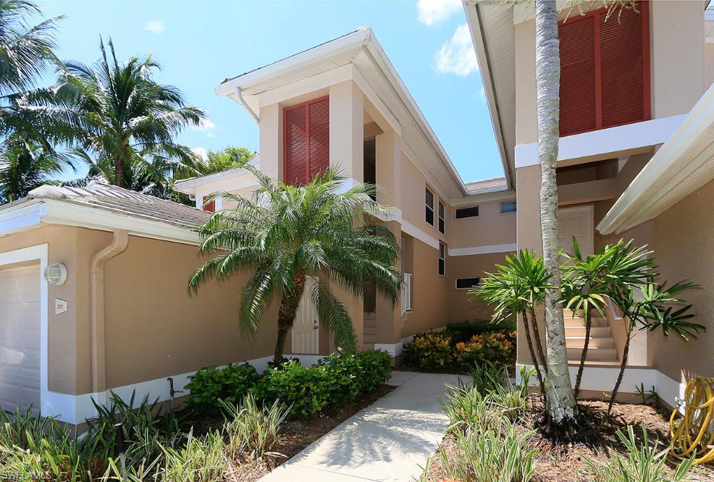 Additional photo for property listing at 801 Carrick Bend Cir 201 Naples, Florida,Stati Uniti