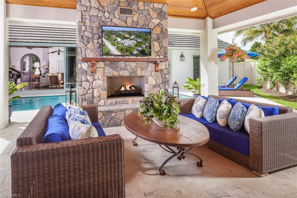 Additional photo for property listing at 725 Ketch Dr Naples, Florida,Amerika Birleşik Devletleri