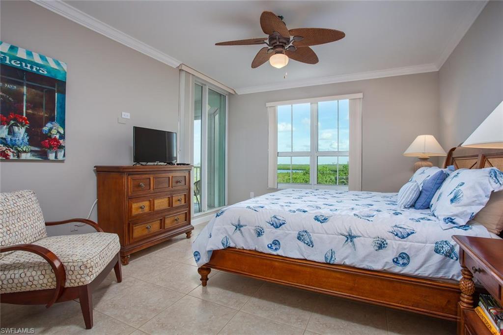 Additional photo for property listing at 325 Dunes Blvd 505 Naples, Φλοριντα,Ηνωμενεσ Πολιτειεσ