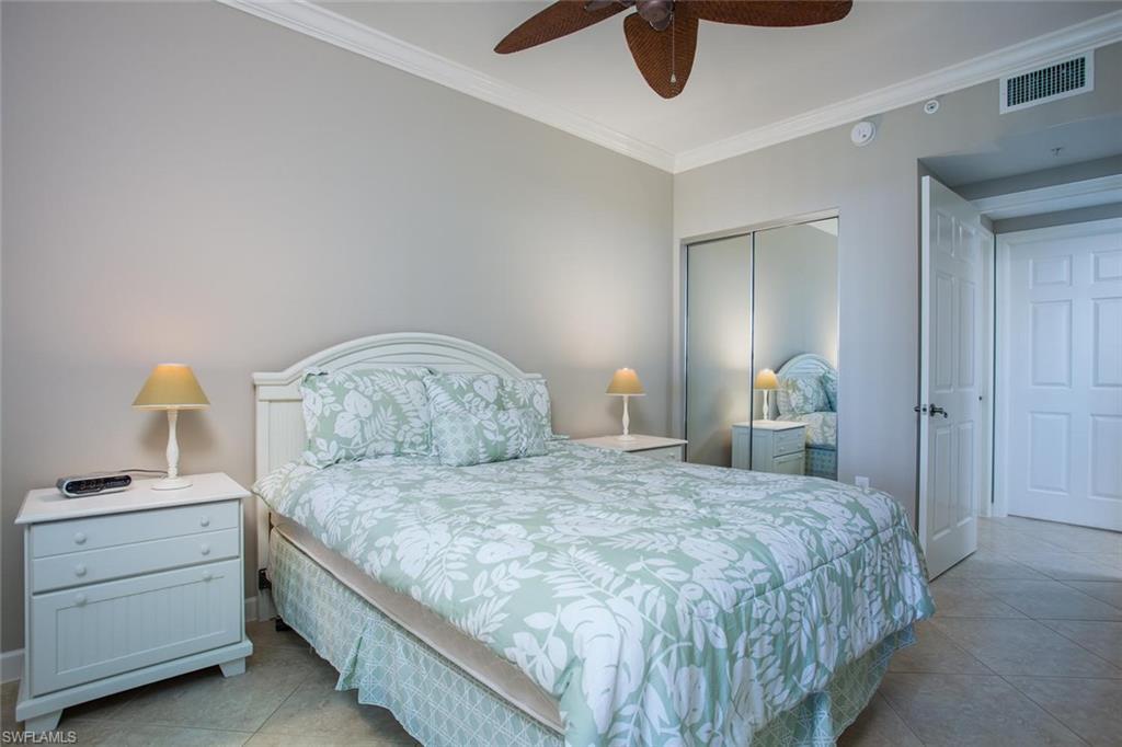 Additional photo for property listing at 325 Dunes Blvd 505 Naples, Florida,Hoa Kỳ