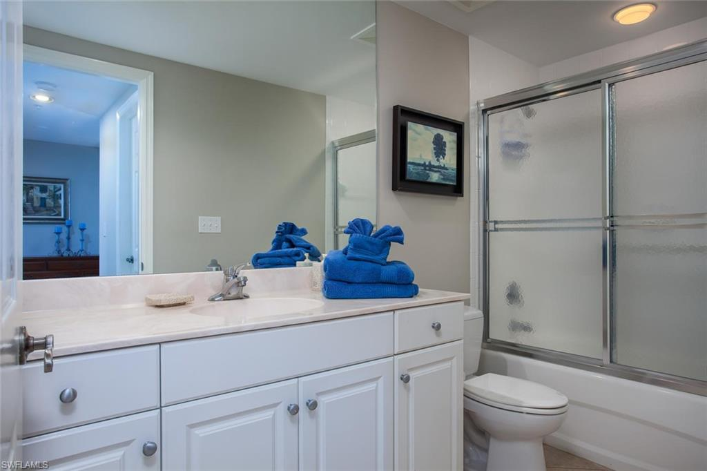 Additional photo for property listing at 325 Dunes Blvd 505 Naples, 플로리다,미국