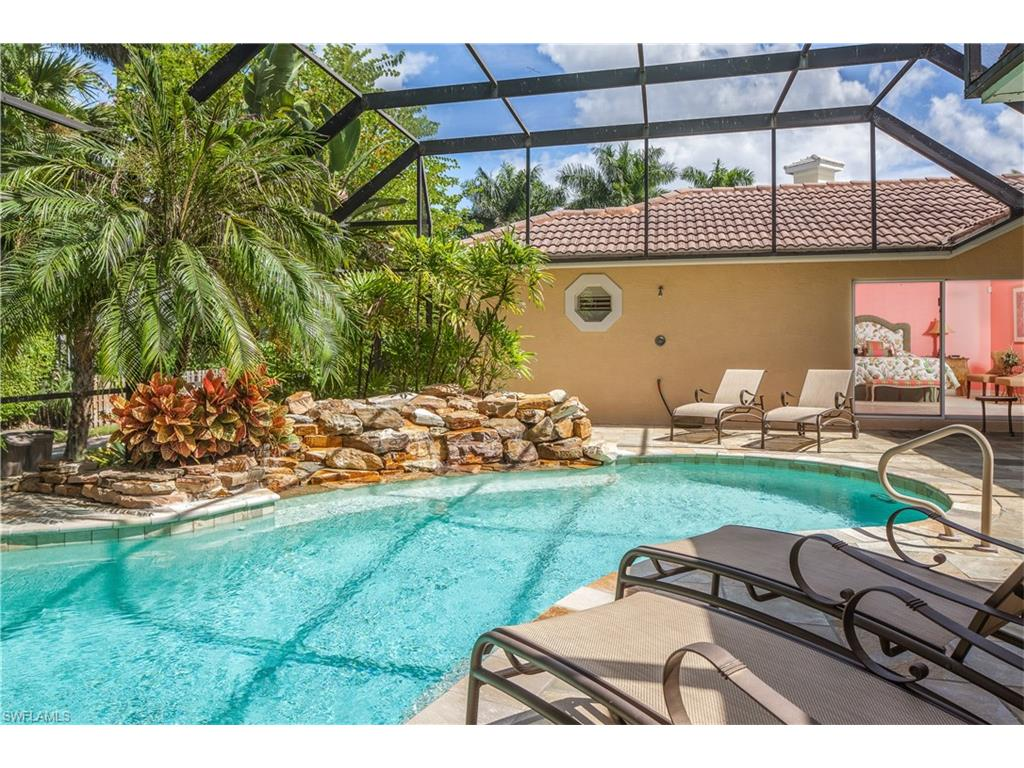 Additional photo for property listing at 121 3rd Ave N Naples, Florida,Estados Unidos