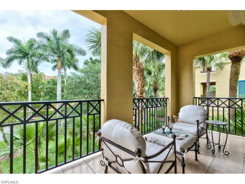 Additional photo for property listing at 2842 Tiburon Blvd E 102 Naples, Florida,Estados Unidos