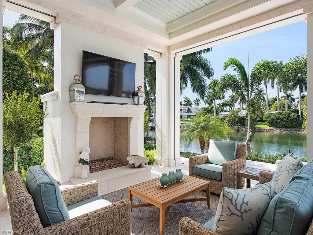 Additional photo for property listing at 3110 Gin Ln Naples, Florida,United States