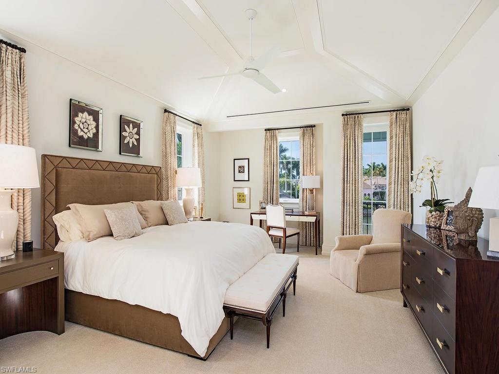 Additional photo for property listing at 3110 Gin Ln Naples, Φλοριντα,Ηνωμενεσ Πολιτειεσ