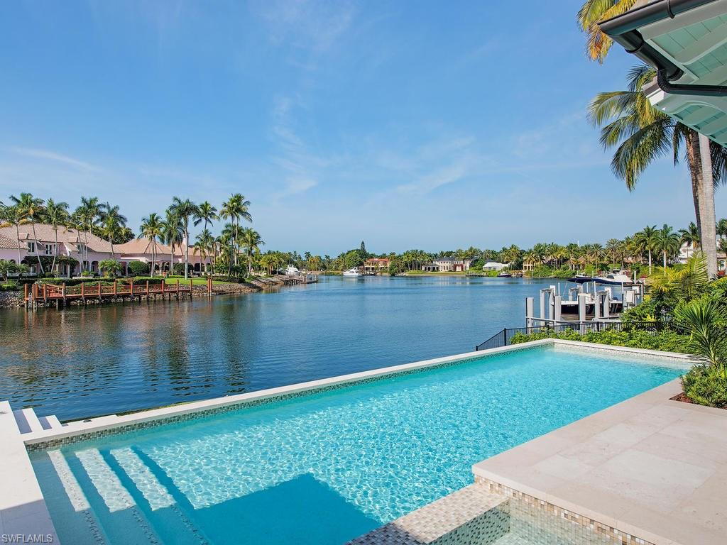 Additional photo for property listing at 3110 Gin Ln Naples, Флорида,Соединенные Штаты