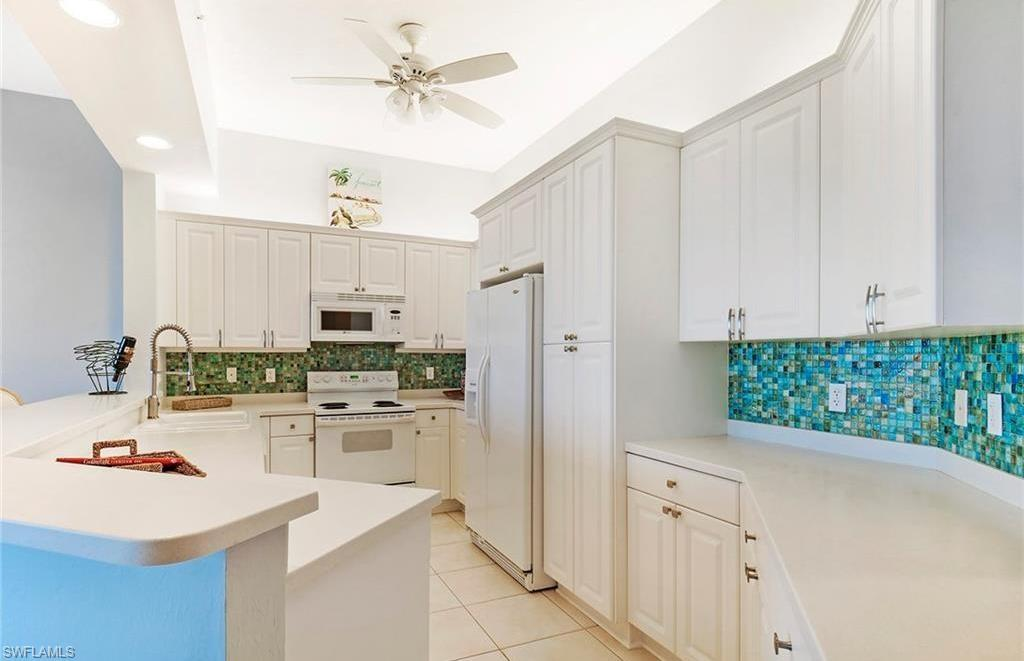 Additional photo for property listing at 410 Flagship Dr 1202 Naples, Florida,Estados Unidos