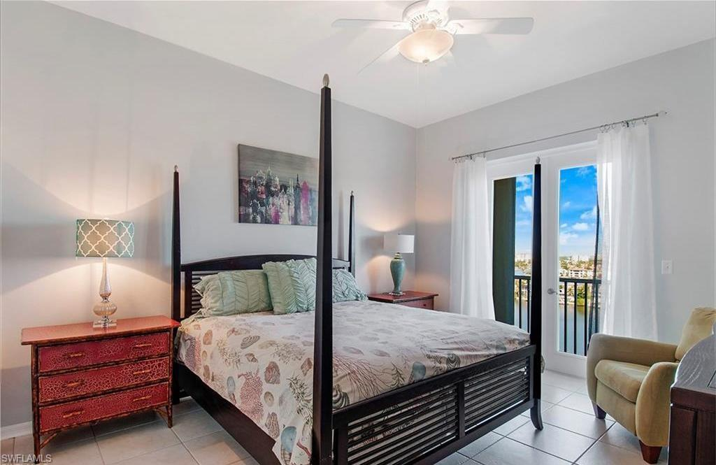 Additional photo for property listing at 410 Flagship Dr 1202 Naples, 플로리다,미국