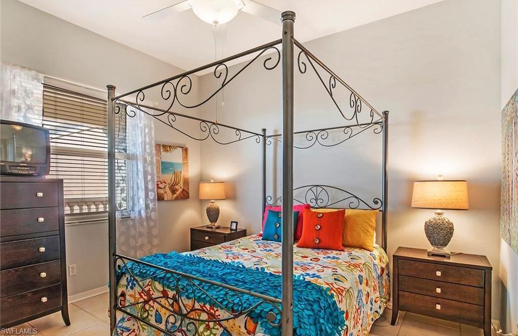Additional photo for property listing at 410 Flagship Dr 1202 Naples, Флорида,Соединенные Штаты