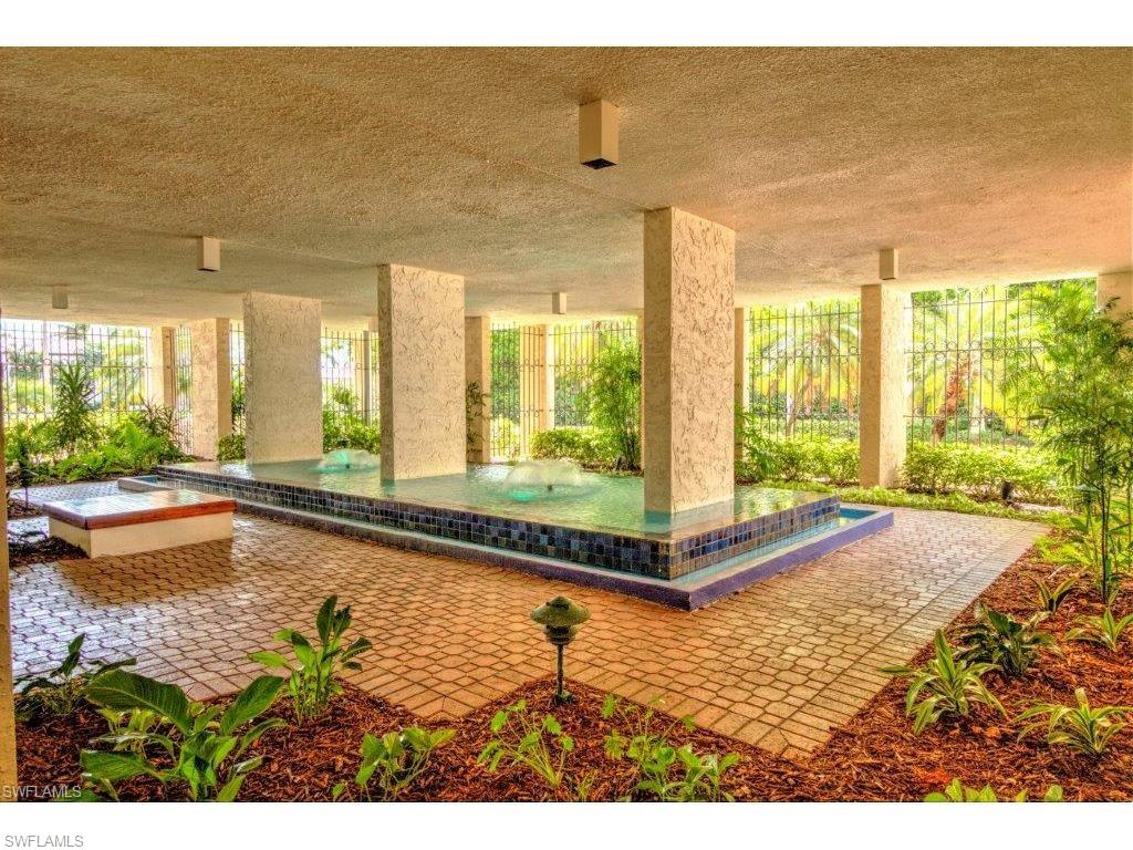 Additional photo for property listing at 4031 Gulf Shore Blvd N 7b Naples, Флорида,Соединенные Штаты
