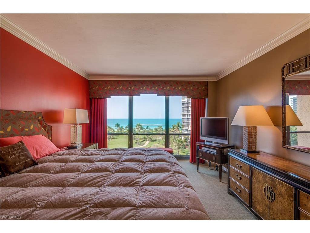 Additional photo for property listing at 4031 Gulf Shore Blvd N 7b Naples, Florida,Verenigde Staten