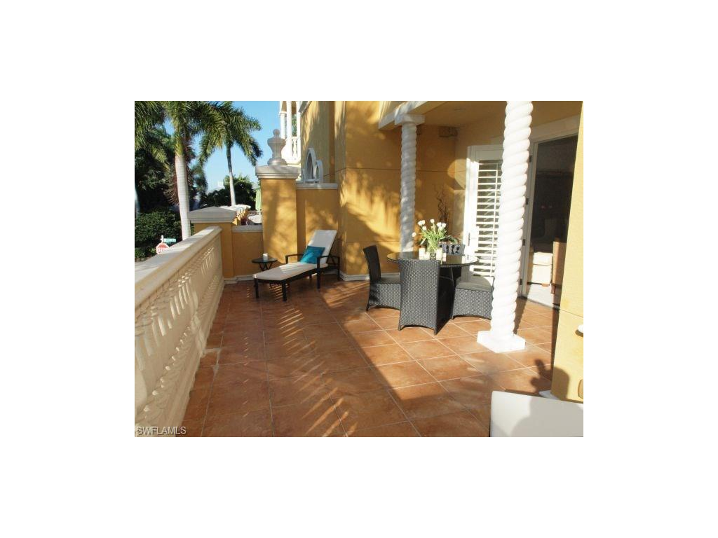 Additional photo for property listing at 621 6th Ave S B-204 Naples, Florida,Hoa Kỳ