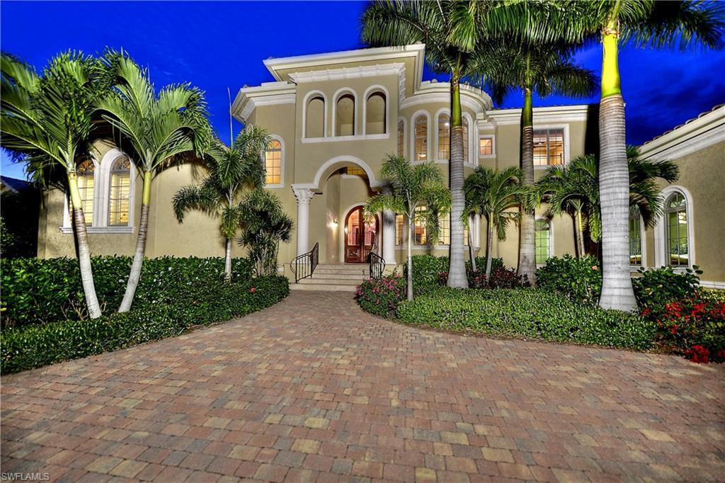Новая постройка для того Продажа на 1940 6th St S Naples, Флорида,Соединенные Штаты