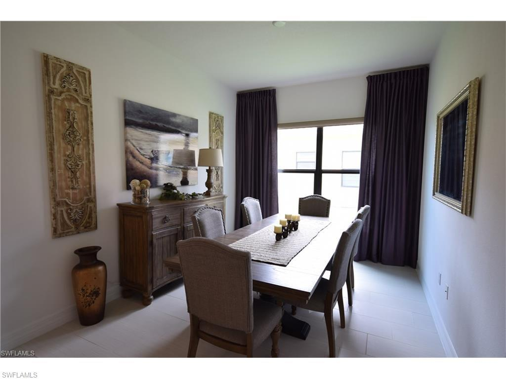 Additional photo for property listing at 13549 Coronado Dr 那不勒斯, 佛罗里达州,美国