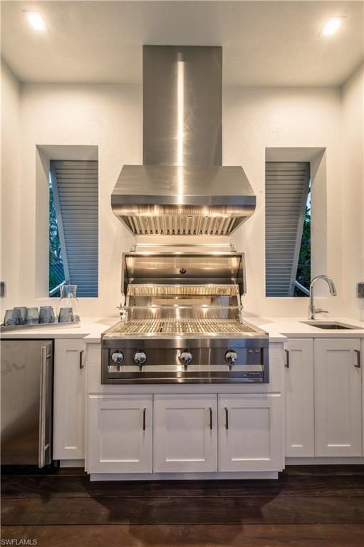 Additional photo for property listing at 489 1st Ave S Naples, Florida,Estados Unidos
