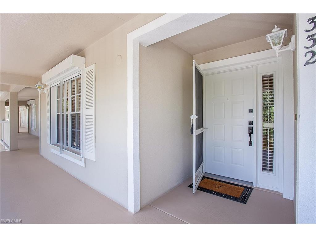 Additional photo for property listing at 332 Sugar Pine Ln 332 Naples, Florida,États-Unis