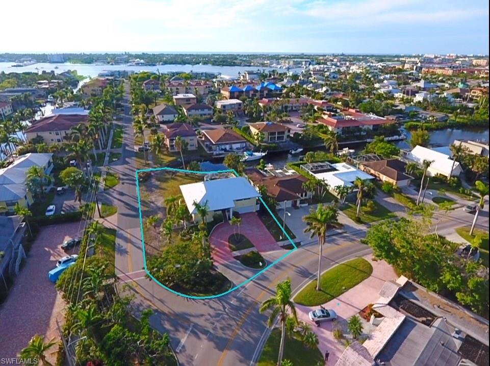 Additional photo for property listing at 1200 Sandpiper St Naples, Florida,États-Unis