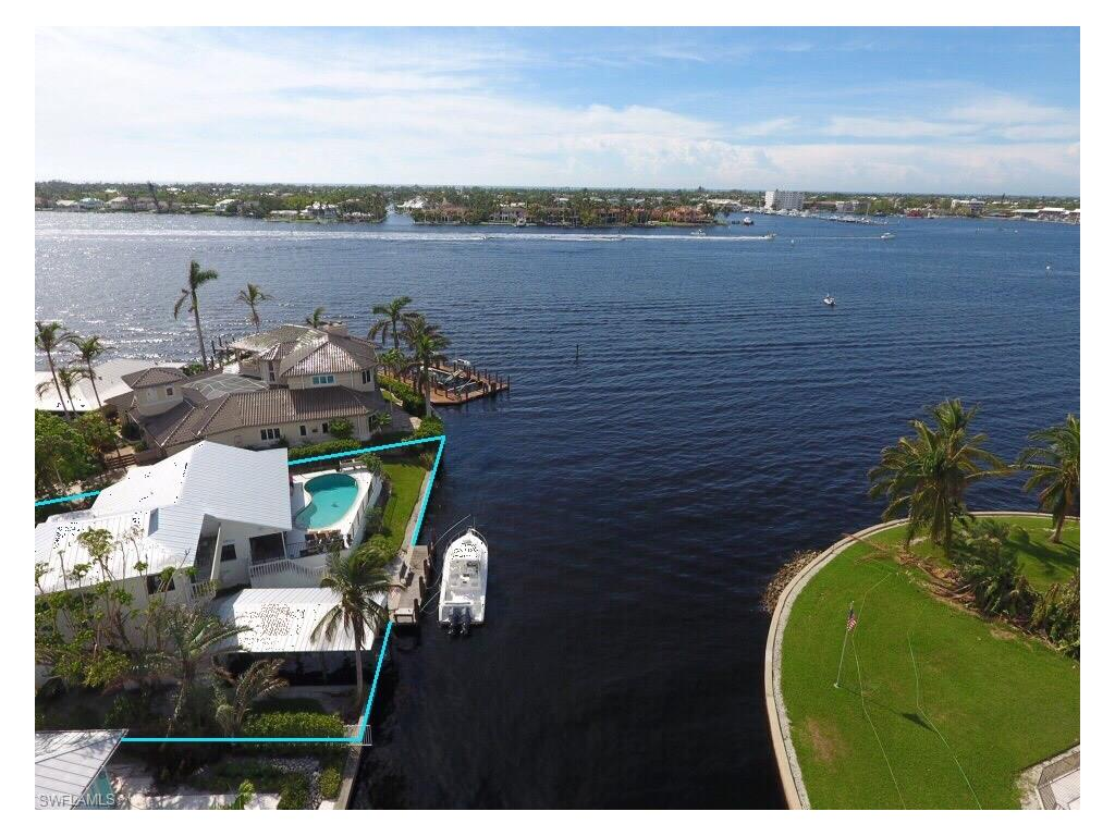 Additional photo for property listing at 1305 Marlin Dr Naples, Florida,United States