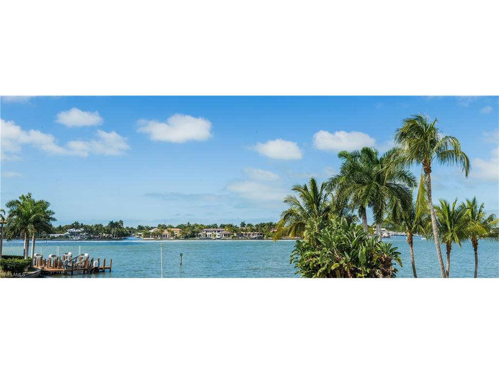 Additional photo for property listing at 1650 Dolphin Ct Naples, 플로리다,미국