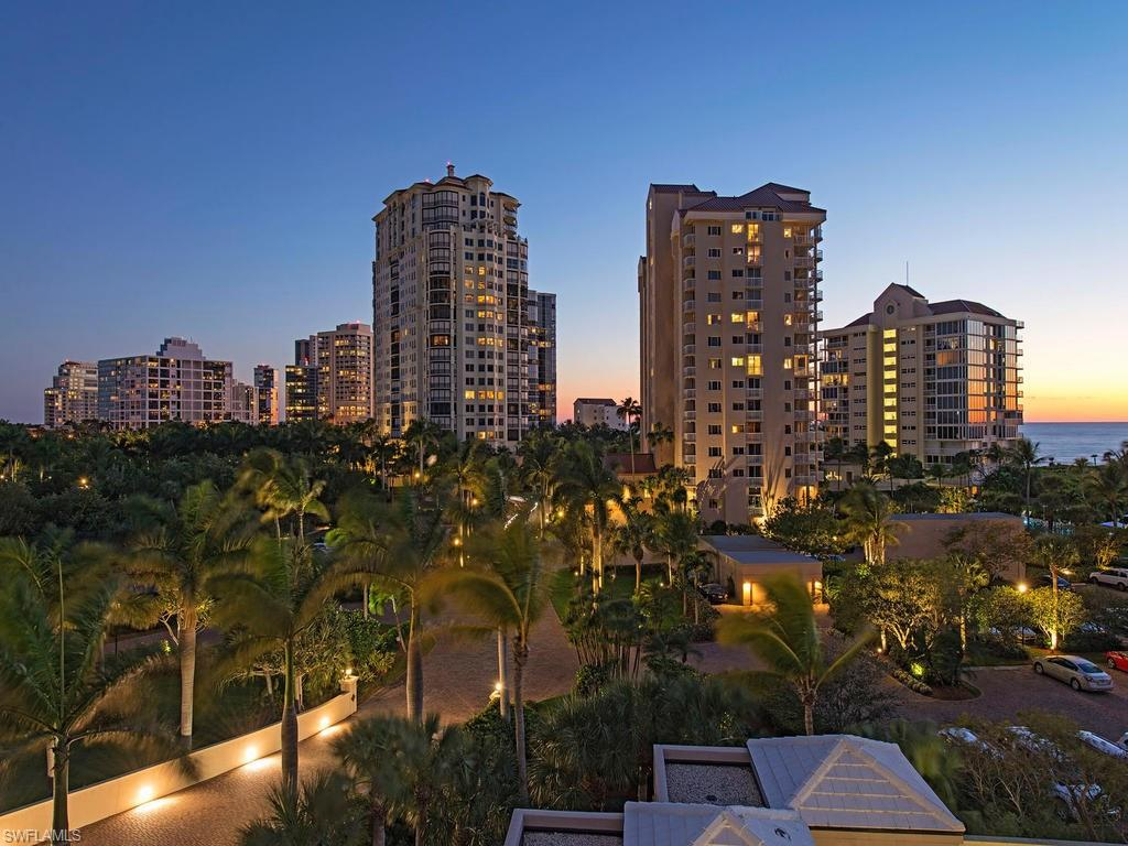 Additional photo for property listing at 60 Seagate Dr 903 Naples, フロリダ,アメリカ合衆国
