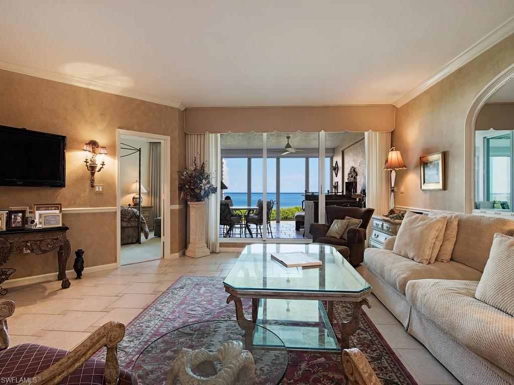 Additional photo for property listing at 60 Seagate Dr 903 Naples, Florida,Amerika Birleşik Devletleri