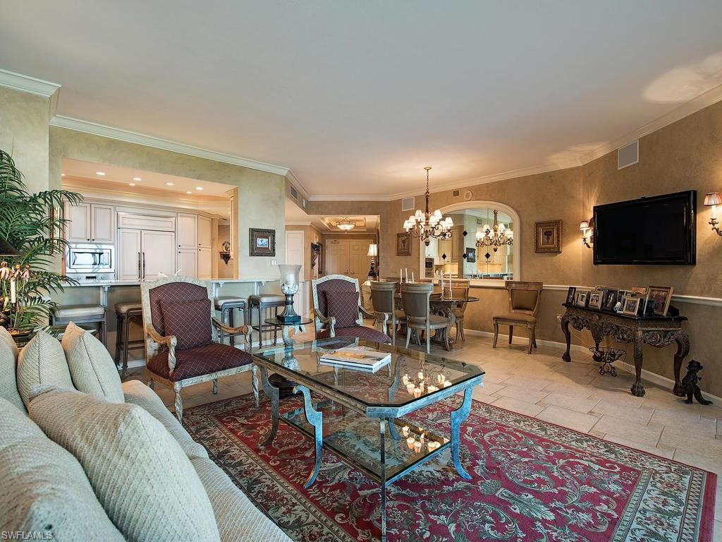 Additional photo for property listing at 60 Seagate Dr 903 Naples, Florida,Hoa Kỳ