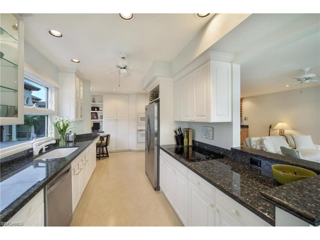 Additional photo for property listing at 1301 Chesapeake Ave 1-b Naples, Florida,États-Unis