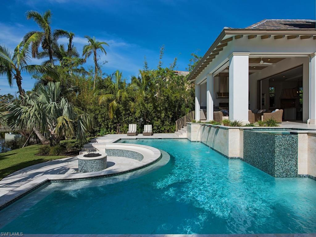 Additional photo for property listing at 2380 Lantern Ln Naples, フロリダ,アメリカ合衆国