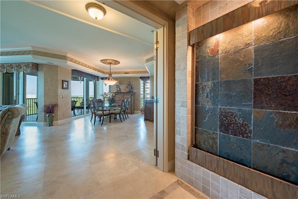 Новая постройка для того Продажа на 285 Grande Way 1106 Naples, Флорида,Соединенные Штаты