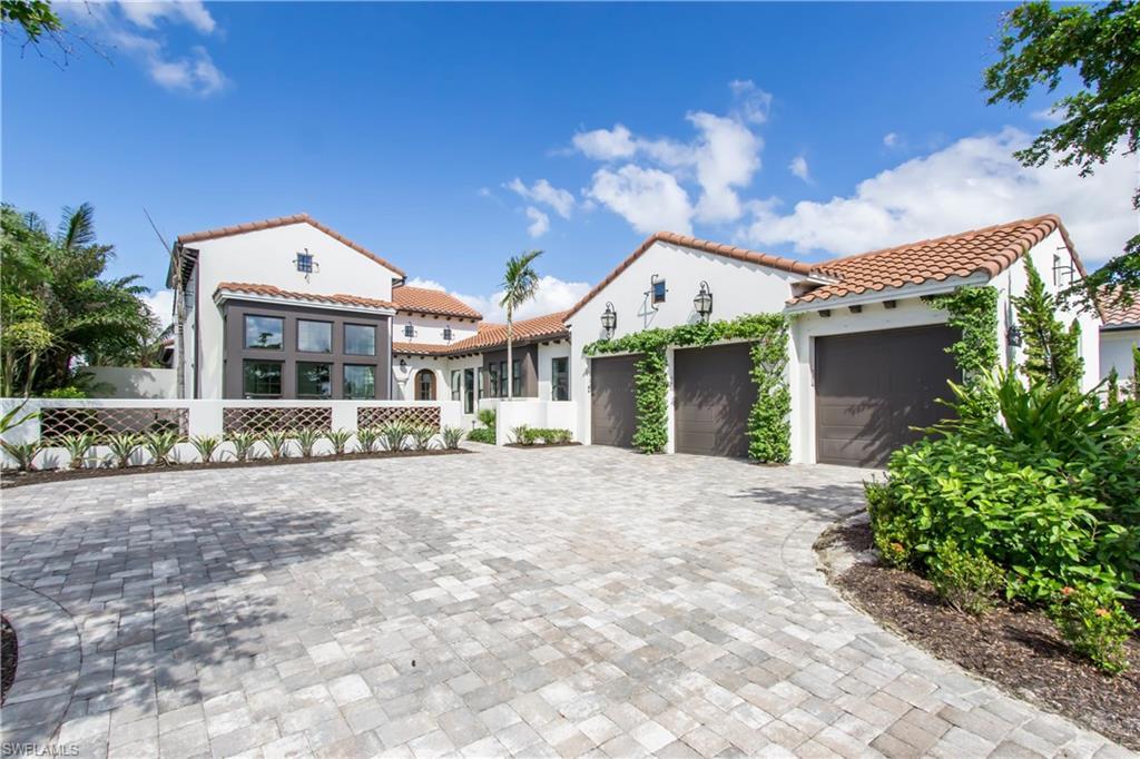 Diğer için Satış at 3255 Tavolara Ln Naples, Florida,Amerika Birleşik Devletleri