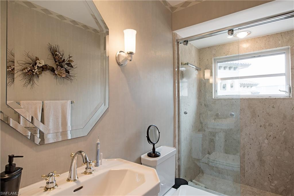 Additional photo for property listing at 1301 Chesapeake Ave 1301-b Naples, Florida,Stati Uniti
