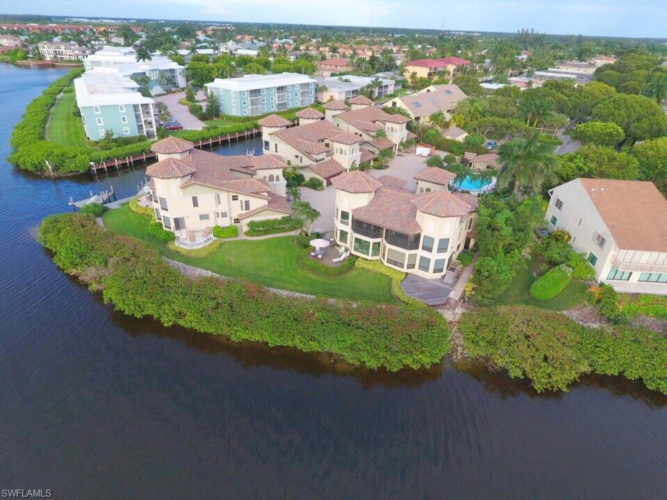 Additional photo for property listing at 1301 Chesapeake Ave 1301-b Naples, Флорида,Соединенные Штаты