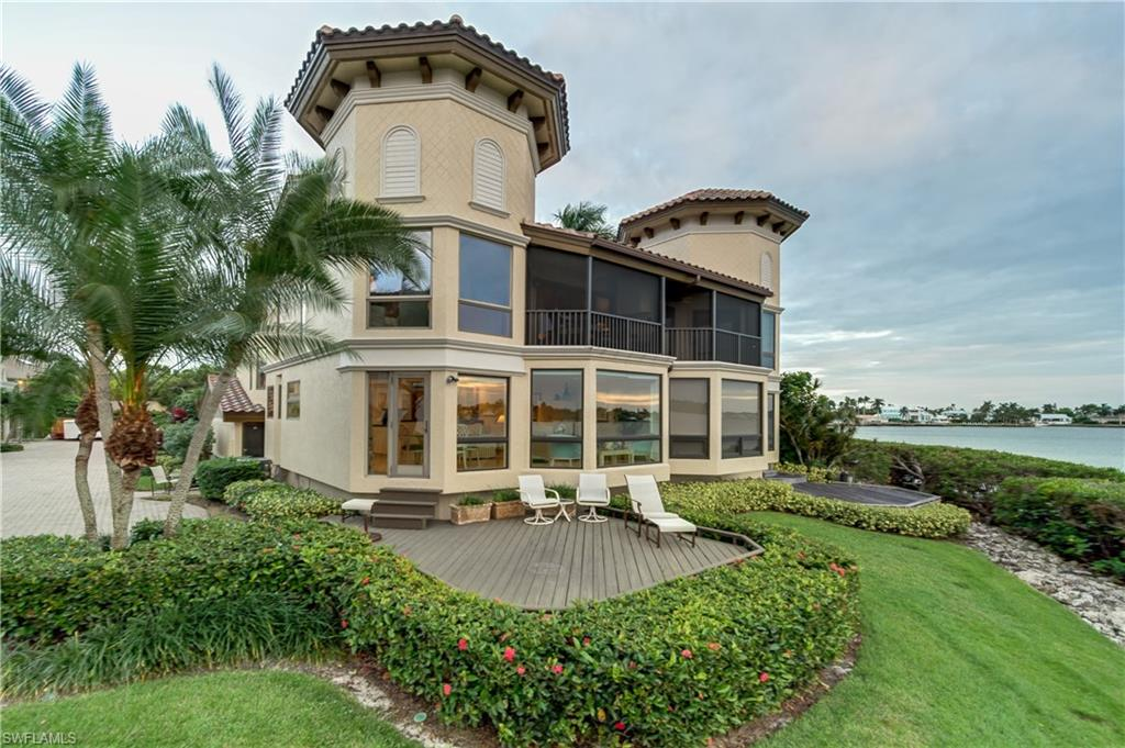 Additional photo for property listing at 1301 Chesapeake Ave 1301-b Naples, Florida,Verenigde Staten