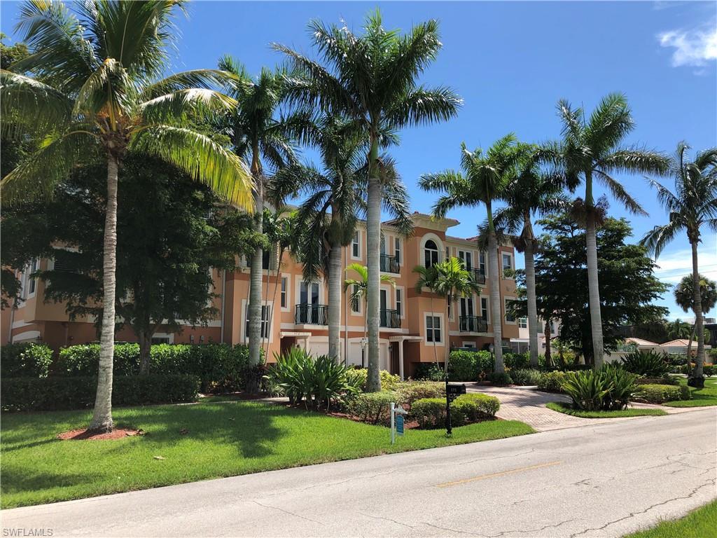 Новая постройка для того Продажа на 572 11th Ave S 2 Naples, Флорида,Соединенные Штаты