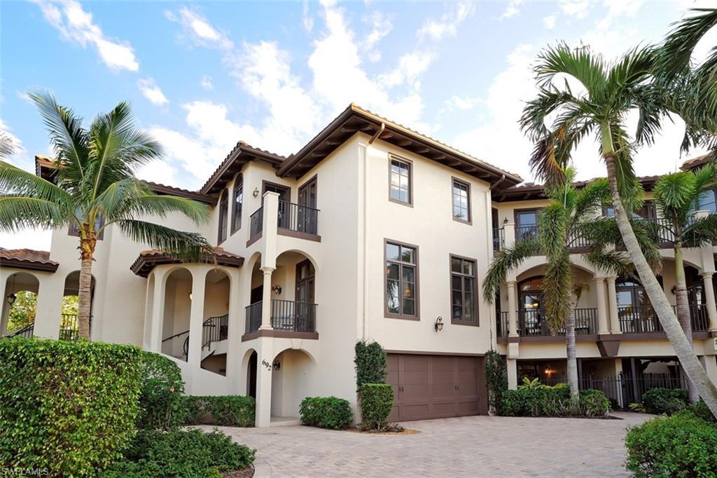 Новая постройка для того Продажа на 692 10th Ave S 692 Naples, Флорида,Соединенные Штаты