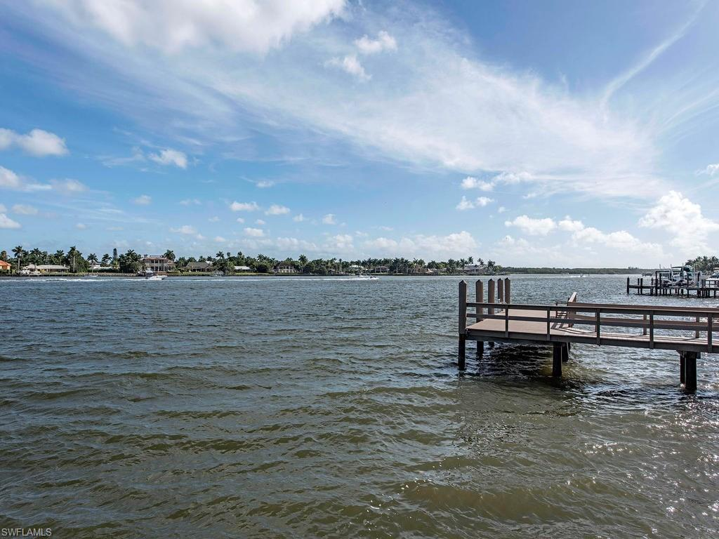 Additional photo for property listing at 801 Galleon Dr 801 Galleon Dr Naples, フロリダ,34102 アメリカ合衆国