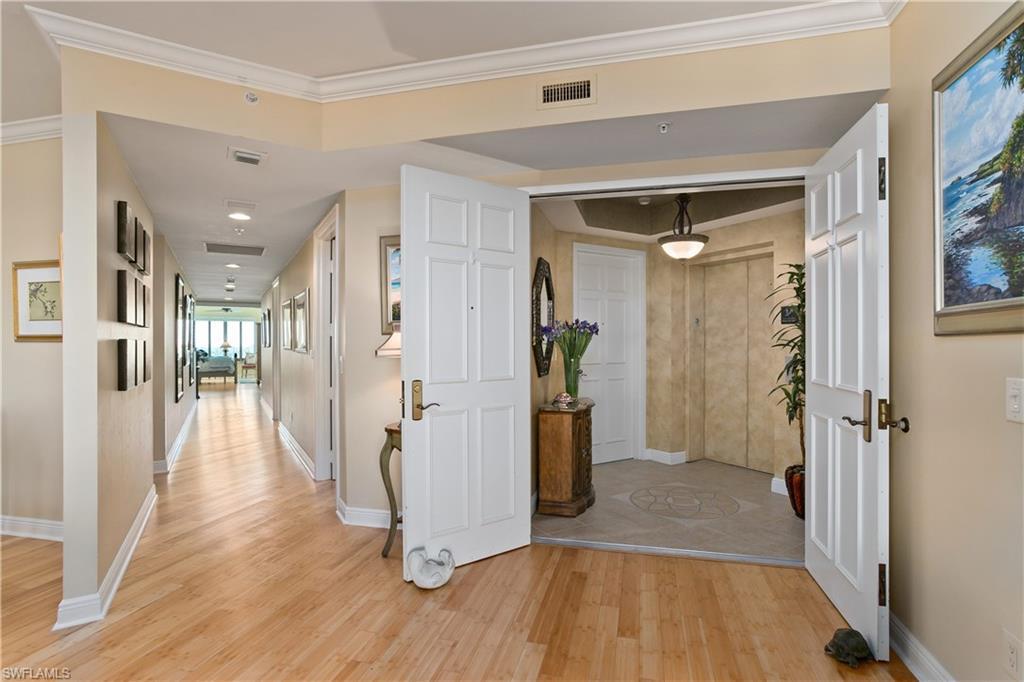 Новая постройка для того Продажа на 285 Grande Way 1204 Naples, Флорида,Соединенные Штаты