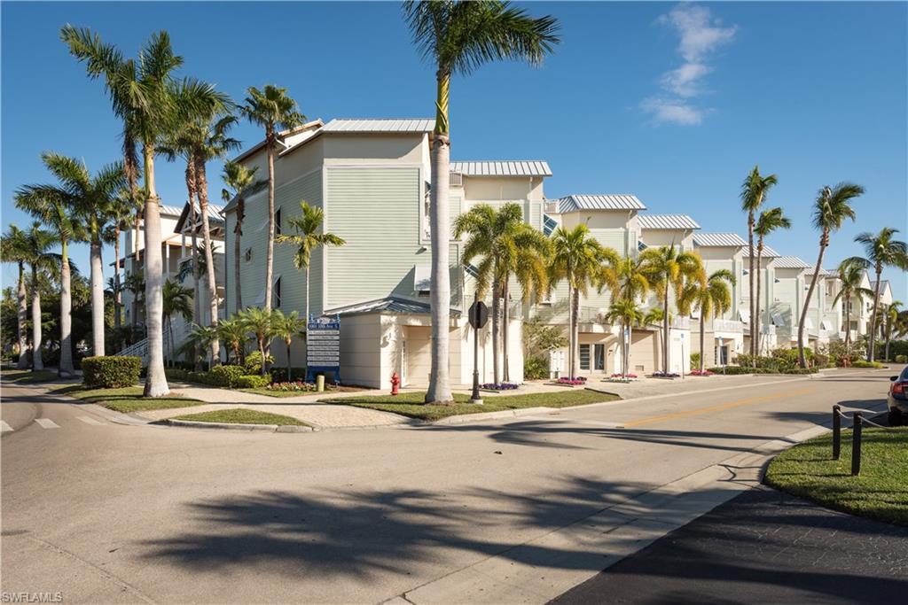Autre pour l Vente à 1001 10th Ave S 3 Naples, Florida,États-Unis