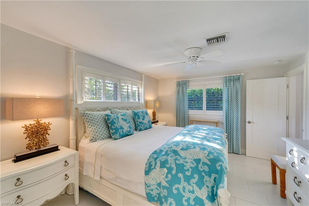Additional photo for property listing at 405 7th Ave N Naples, Florida,États-Unis