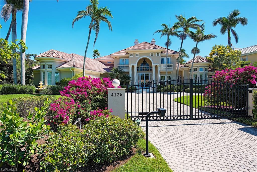 Новая постройка для того Продажа на 4125 Gordon Dr Naples, Флорида,Соединенные Штаты