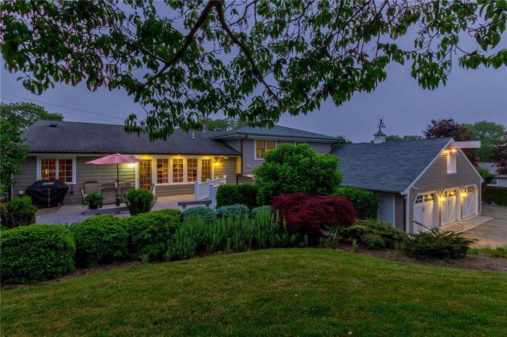 Homes For Sale in Middletown, RI   William Raveis Real Estate